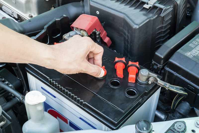 chistka klemm akkumulyatora - Уход за аккумуляторными батареями