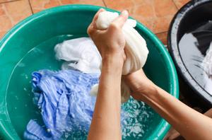 Как своими руками отстирать плесень с ткани
