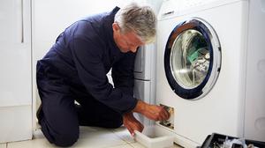 Почему не сливает стиральная машинка воду