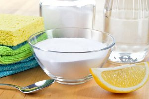 Как чистить стеклянную посуду