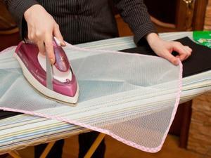Как убрать блеск на брюках