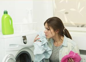 Как выветрит запах с одежды