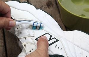 Проблемная красота белой обуви