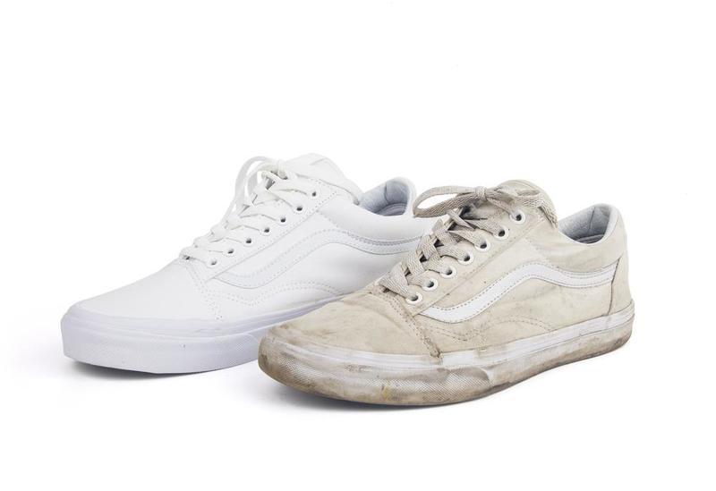 Советы и рекомендации по уходу за белой кожаной обувью